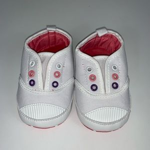 White soft walker shoes size 13